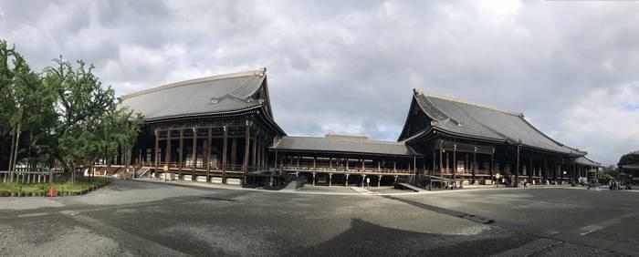 阿弥陀堂と御影堂